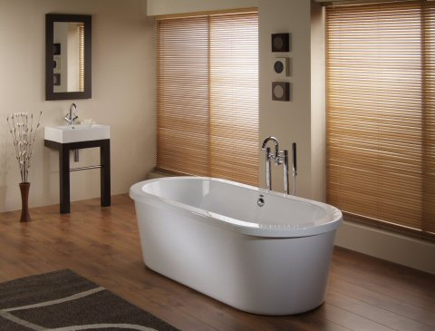 Bathroom Layout on Bathrooms Arco Freestanding Bath   Product Reviews And Bathroom Design